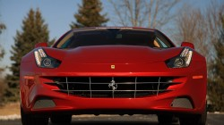 2012-Ferrari-FF-17m